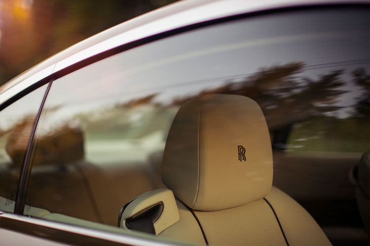 Rolls Royce shows amazing pics from its coupé: The Wraith. Check out more details at http://www.the-motorist.com/autonews/rolls-royce-wraith.html