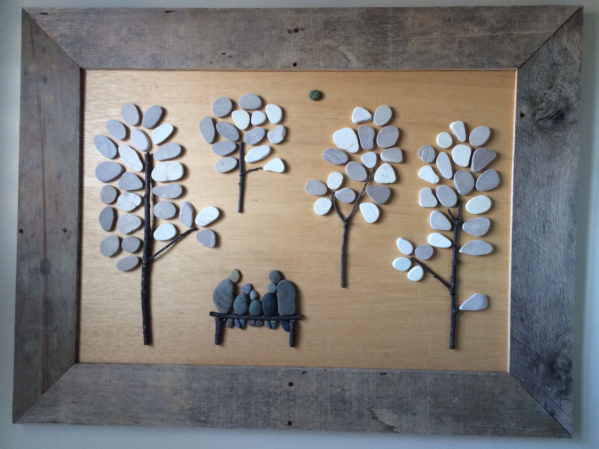 Ana white pebble art with pallet wood diy projects odds and ana white pebble art with pallet wood diy projects solutioingenieria Image collections