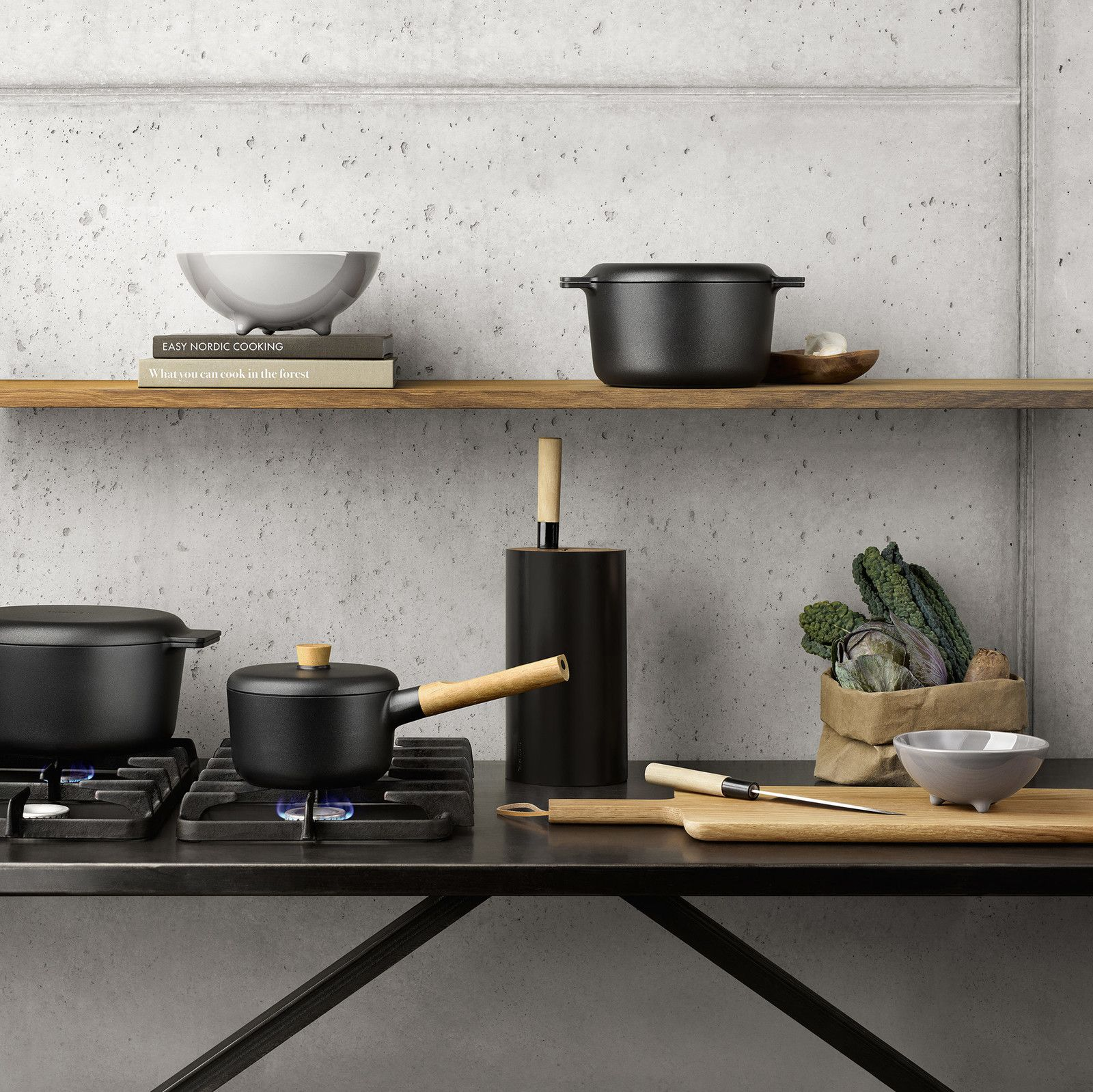 Love this black cookware