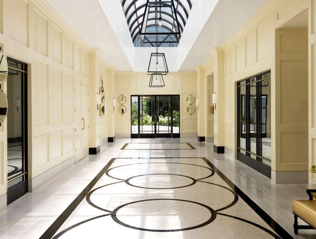 Marcel wanders piso de m rmol pisos y pasillos for Pintar entrada piso