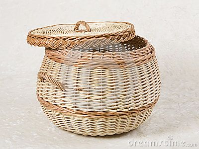 1000+ images about Basketry - lidded baskets on Pinterest | Picnics, Sewing  baskets and Search