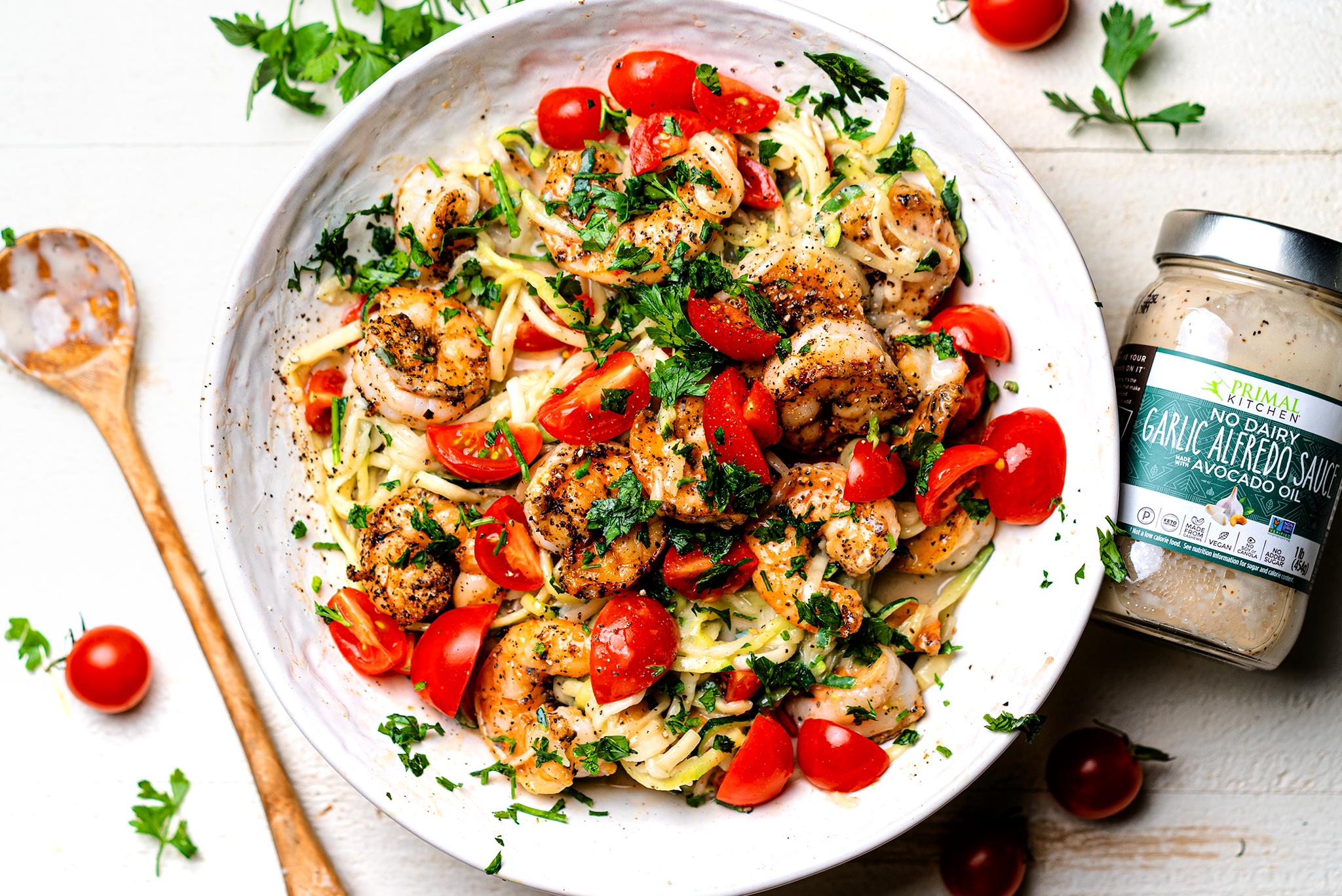 Garlic Shrimp Alfredo With Zoodles In 2020 Shrimp Alfredo Garlic Alfredo Recipe Pasta Dishes