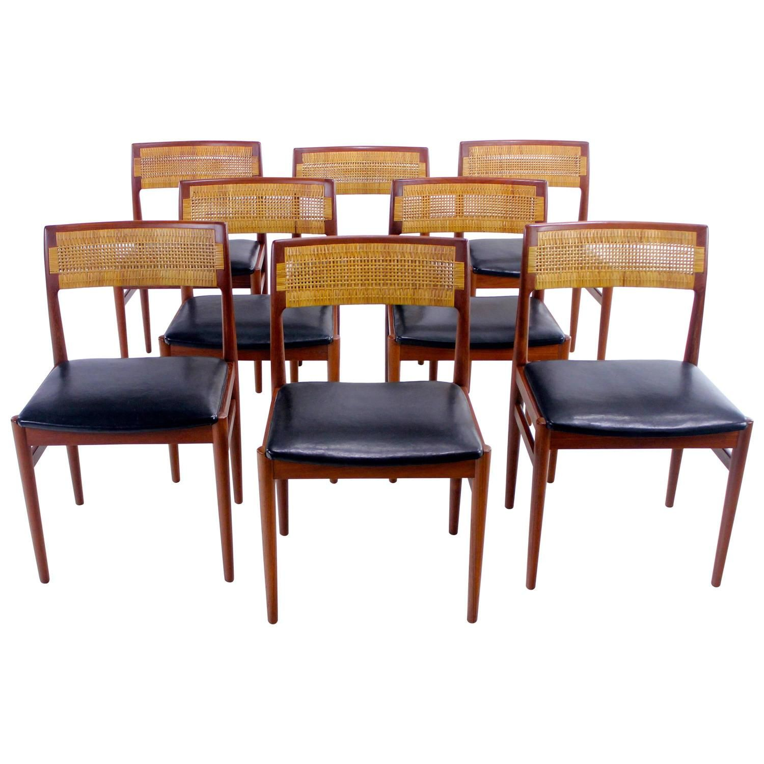 Danish Modern Dining Chairs For Sale Set Of Eight Distinctive Danish Modern Teak Dining Chairs Designed