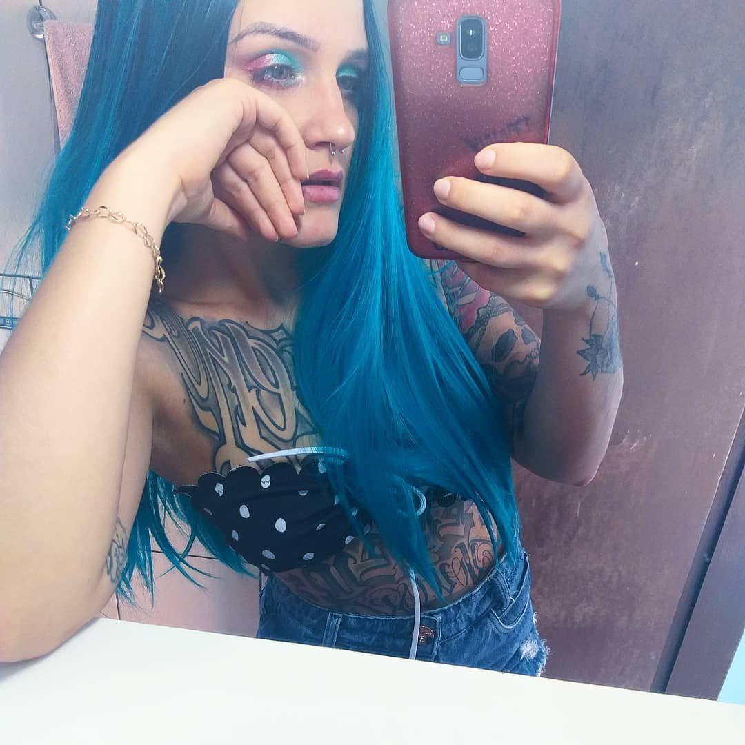 🍭 . . . . #instagood #vibes #edition #tatuagem #tattoo #tattoogirl #alternative #girl #powergirl #power #alternativegirl #ink #inktattoo #tattooink #tattoo #photography #inkedgirls #happyday #love #photooftheday #hair #hairlove #colorhair #style #lovefashionstyle #verao