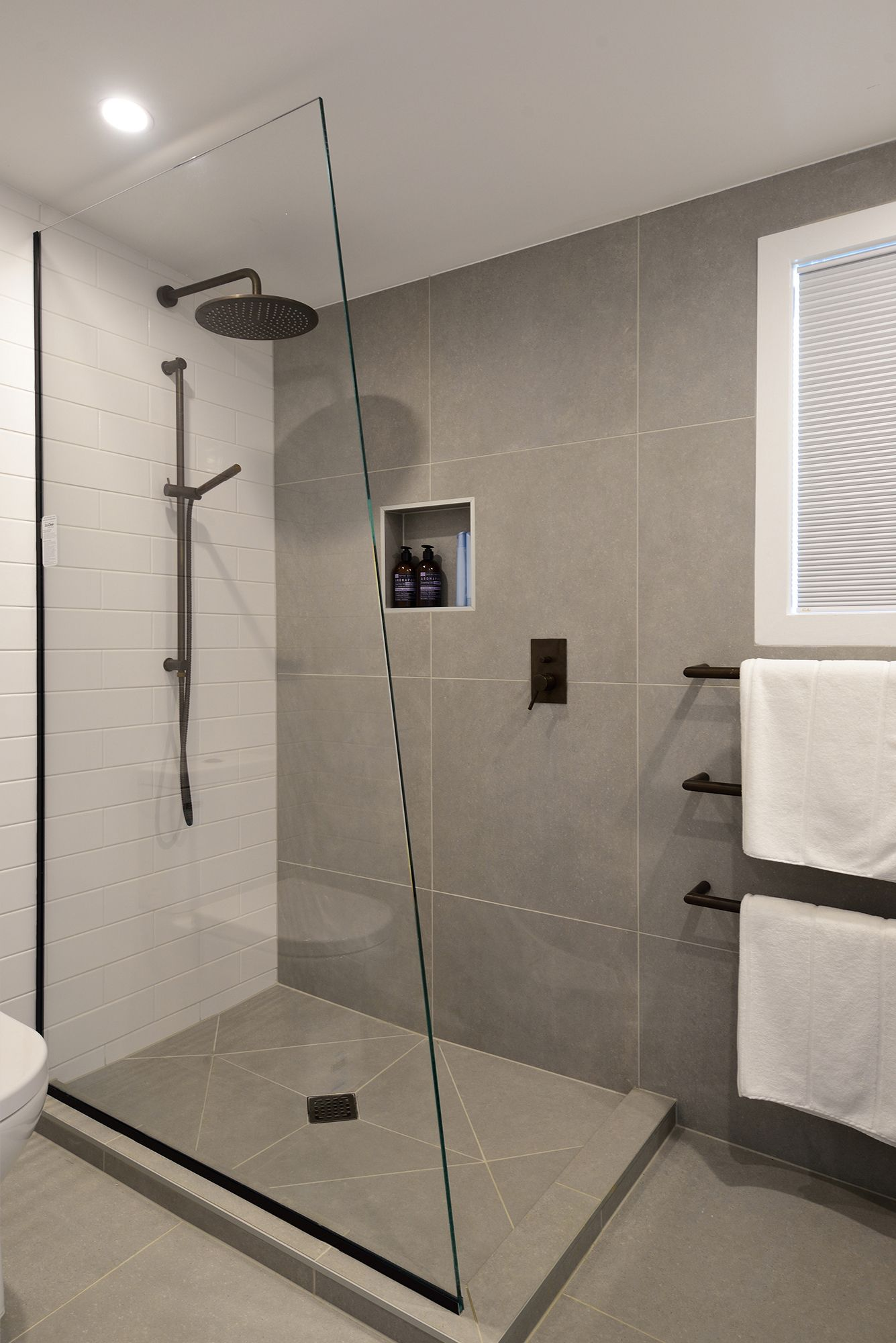 Shower Walls And Floor Grigio Tecno 600 X 600 Https Www Tiles Co Nz Tile Range Tiles Bathroom Shower Walls Bathroom Design Small Minimalist Small Bathrooms