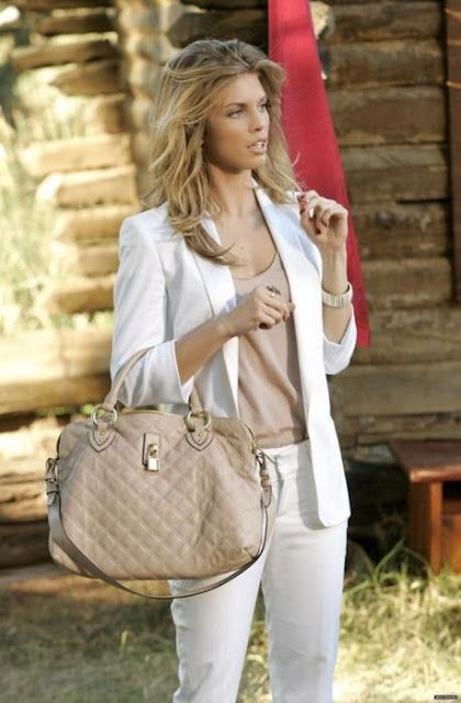 Elegant look in nude colors outfit