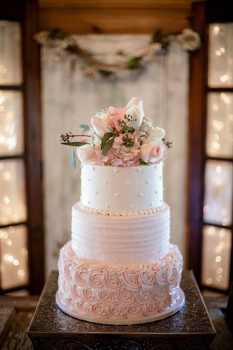Never ever under no situations position your wedding cake near the dance flooring due to the fact that the boogie bopper might cause a lotta heartache. A consistent table is a need to for the cutting of the cake. #weddingcakes