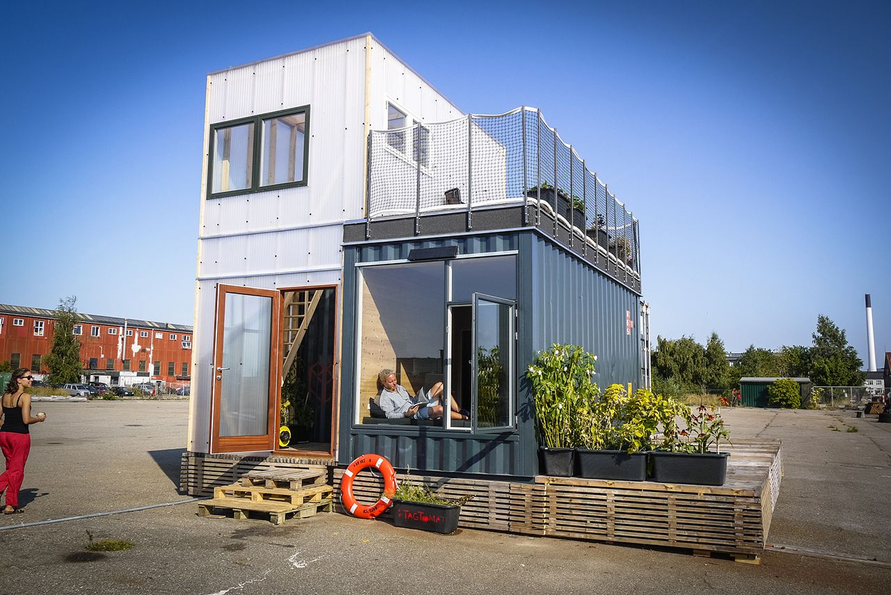 Houses Out Of Storage Containers 50 shipping container homes you won't believe | transportation