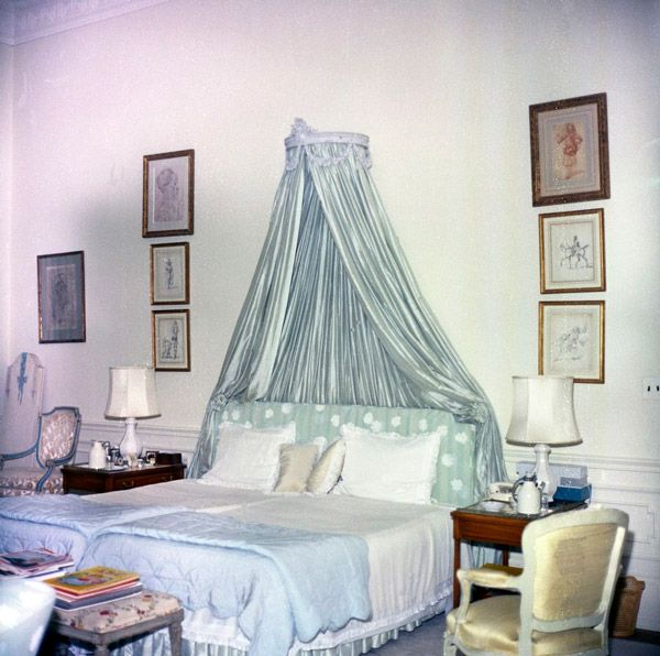 Master Bedroom - 1962 - Jackie Kennedy\'s bed in 1962 ...