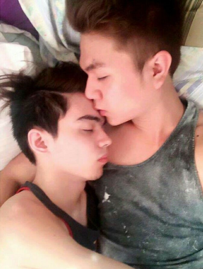 Pinoy male to male dating site