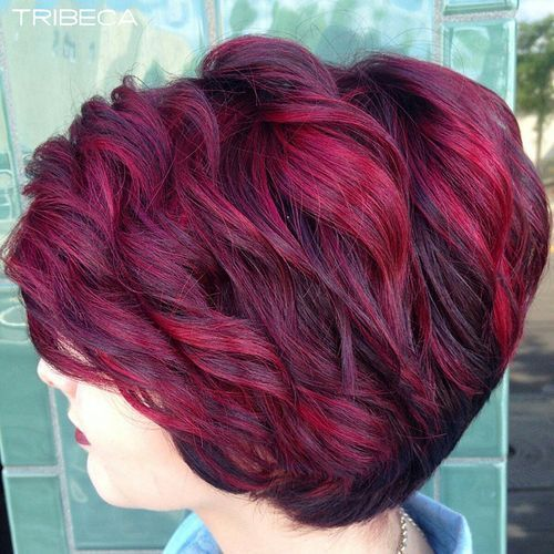 35 Mesmerizing Short Red Hairstyles For True Redheads Short Red Hair Hair Styles Short Hair Styles