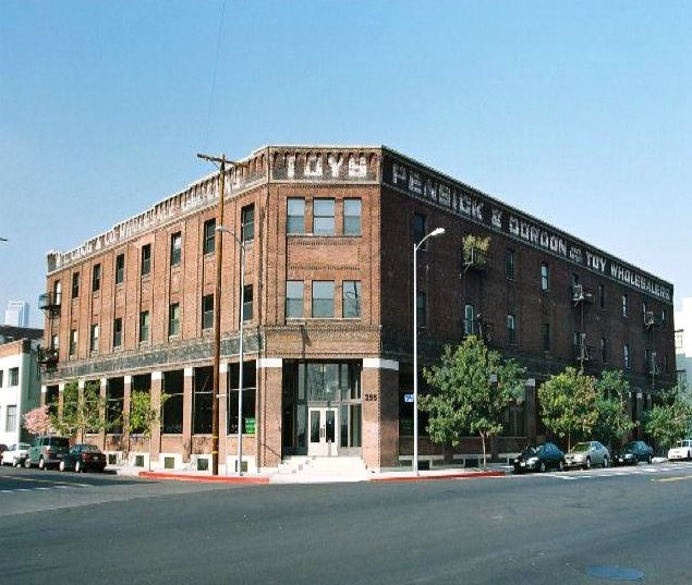 Apartments For Sale In Los Angeles Downtown: The Toy Warehouse Lofts Was The First Significant Adaptive
