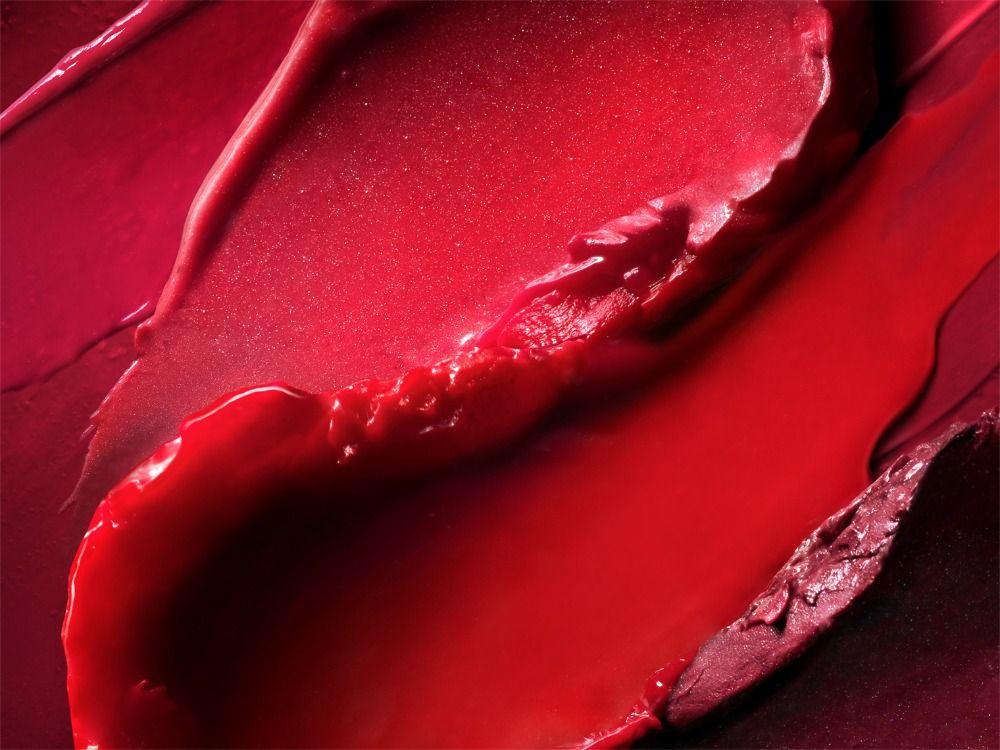 Photo of 17_011_still_life_photographer_magnus_cramer_cosmetics_texture_beauty_lipstick  …