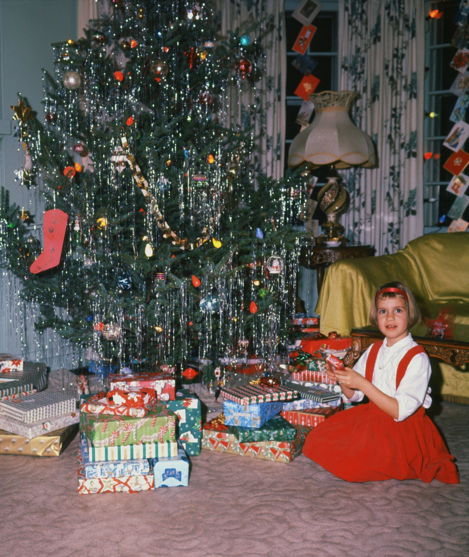 30 Things We Truly Miss About Christmases Past Vintage Christmas Decorations Retro Christmas Decorations Vintage Christmas
