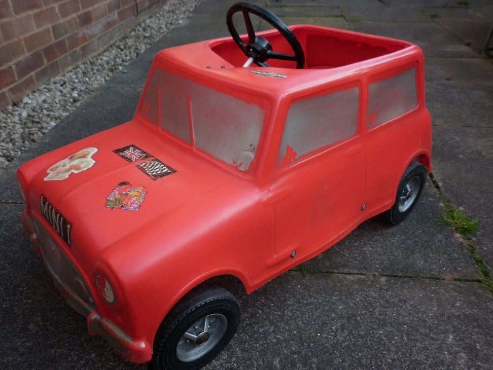 Leeway Triang ? Vintage Classic 1974 Austin/Morris Mini