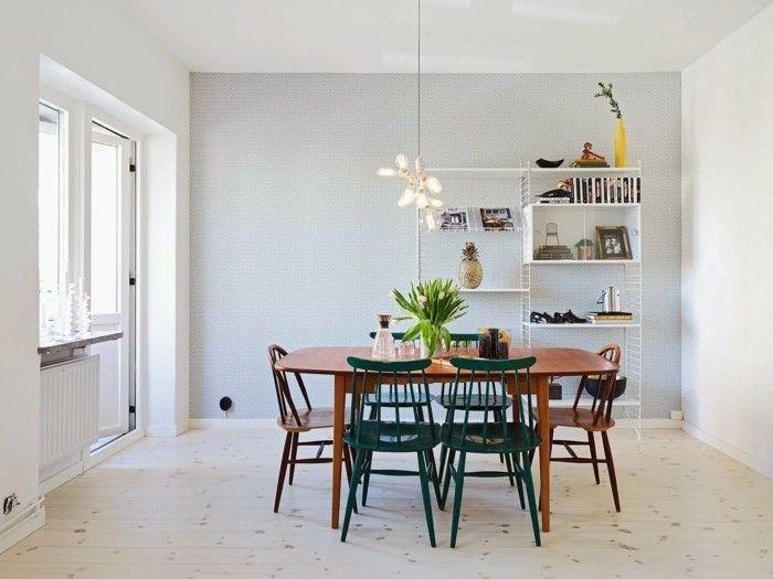 Schön Skandinavisch Einrichten Das Esszimmer Holztisch Und Farbige Stühle