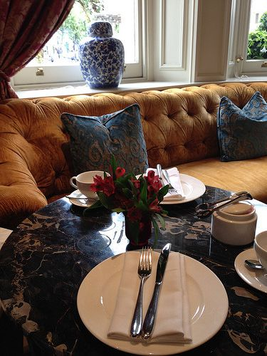 The Kensington HotelでAfternoon Tea
