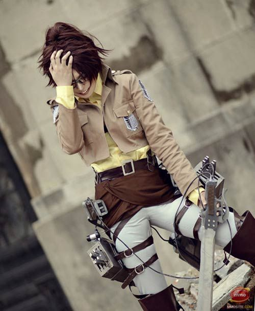 Attack on titan cosplay hanji