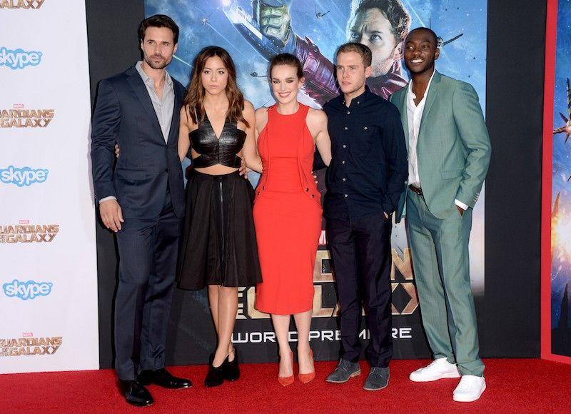 The Cast Of Agents Of S H I E L D Does The Guardians Of The Galaxy Red Carpet Adorabl Guardians Of The Galaxy Marvel Agents Of Shield Elizabeth Henstridge