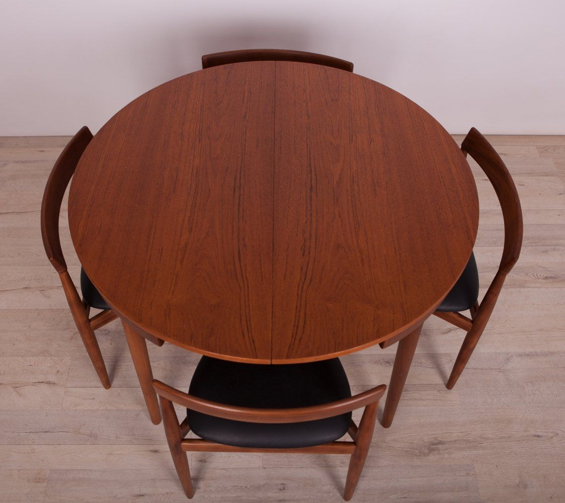 For Sale Mid Century Teak Dining Table Chairs Set By Hans Olsen For Frem Rojle 1950s In 2020 Dining Table Teak Dining Table Dining Table Chairs