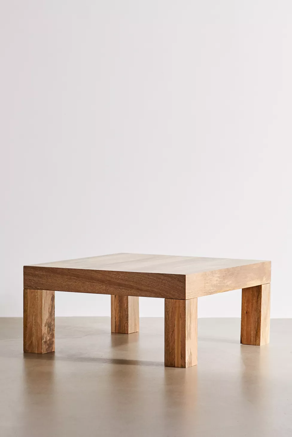 Stevie Coffee Table Coffee Table Coffee Table Urban Outfitters Mango Wood Coffee Table [ 1463 x 976 Pixel ]