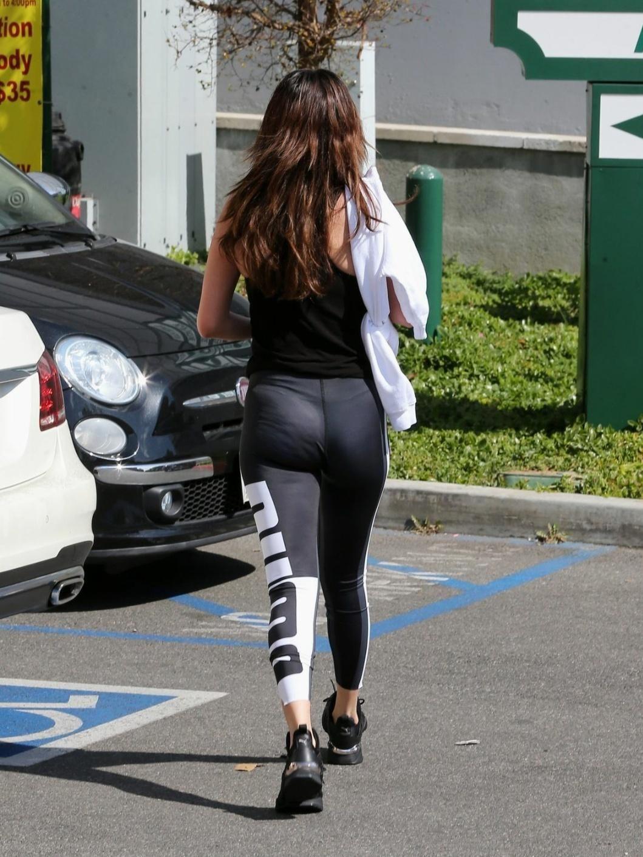 After Workout Selena Gomez Fotos Selena Gomez Pictures Hot Pilates Marie Gomez