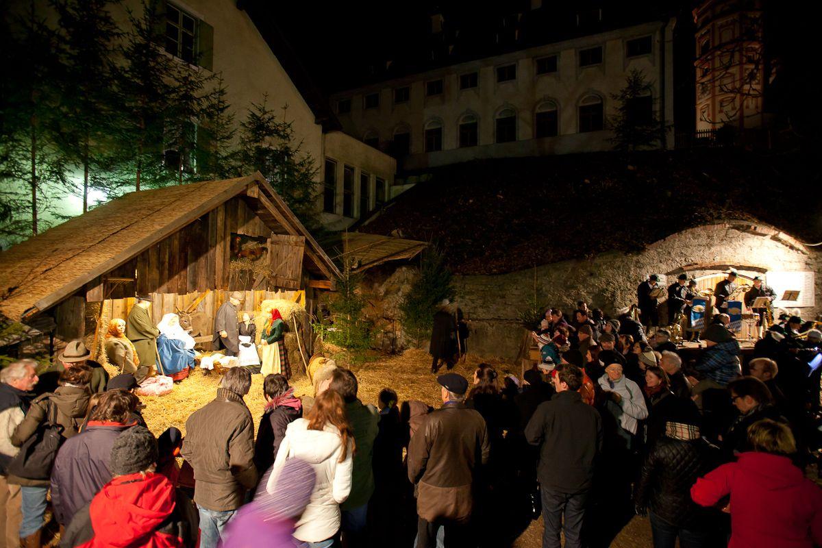 Kloster Andechs Weihnachtsmarkt.Vor Allem Die Kleinen Besucher Des Christkindlmarkts Am