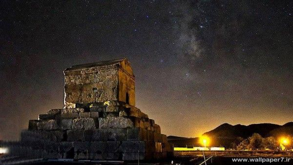 Pasargad In Night دانلود والپیپر تصویر زمینه عکس پس زمینه Tomb Of Cyrus Cyrus The Great Landscape Wallpaper