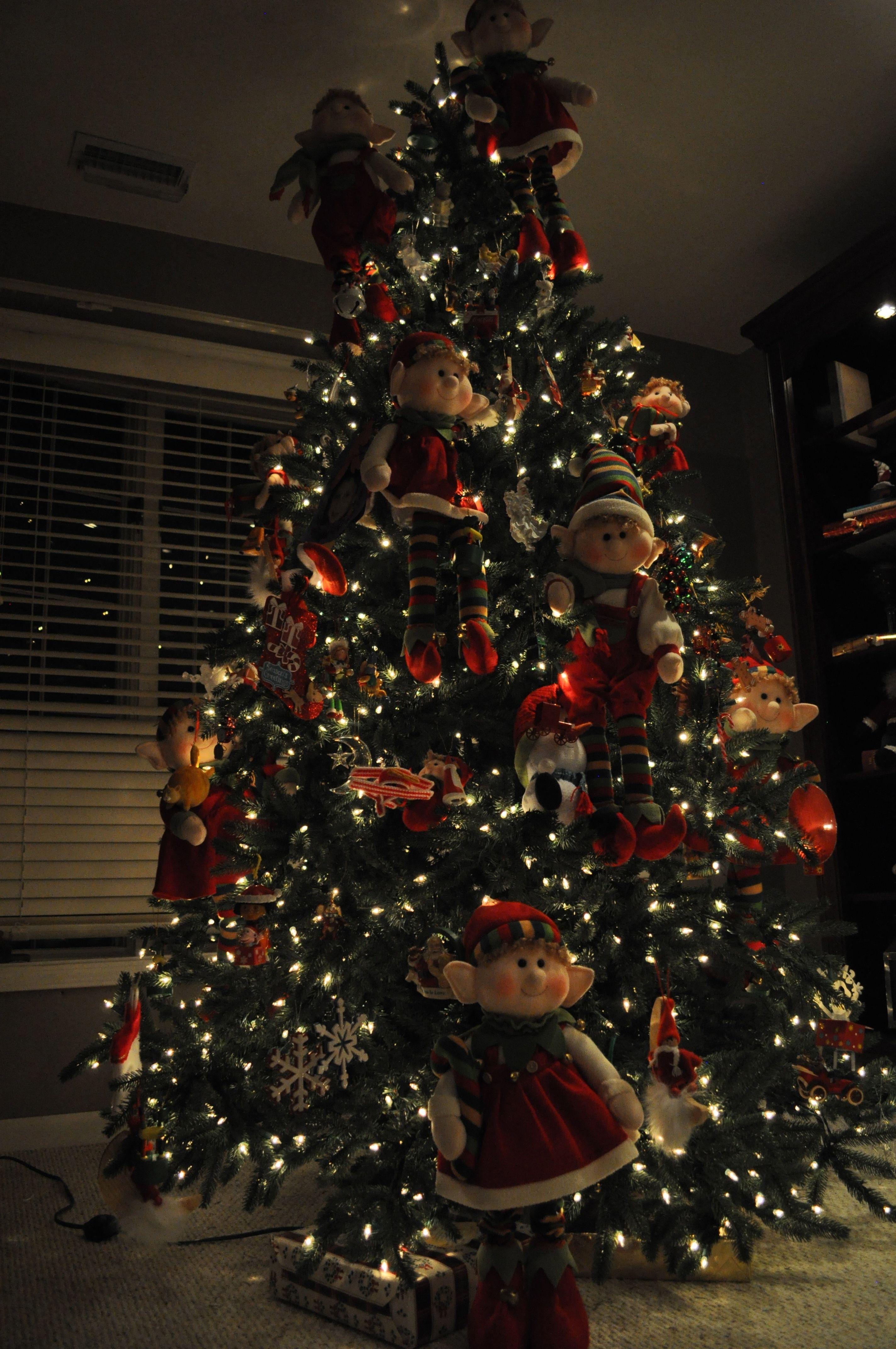 Elf Christmas Tree   just too cool   Pinterest