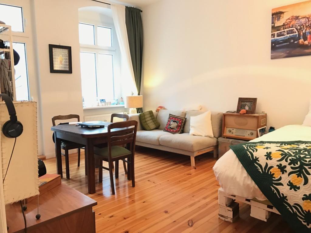 Schlafzimmer Berlin ~ Vintage wohnbereich in einem wg zimmer in berlin wg einrichtung
