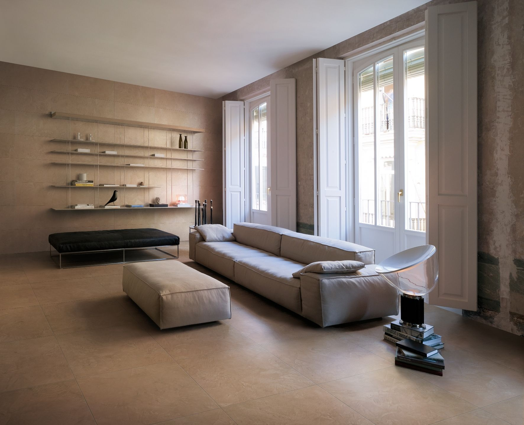 Prachtige beton cire (ciré) imitatie in 75x75 (37) tegelhuys ...