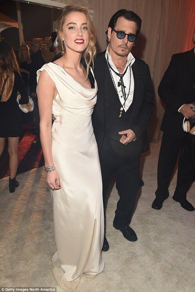 Johnny Depp And Amber Heard S Idyllic Island Wedding Pictures Johnny Depp And Amber Amber Heard Celebrity Weddings