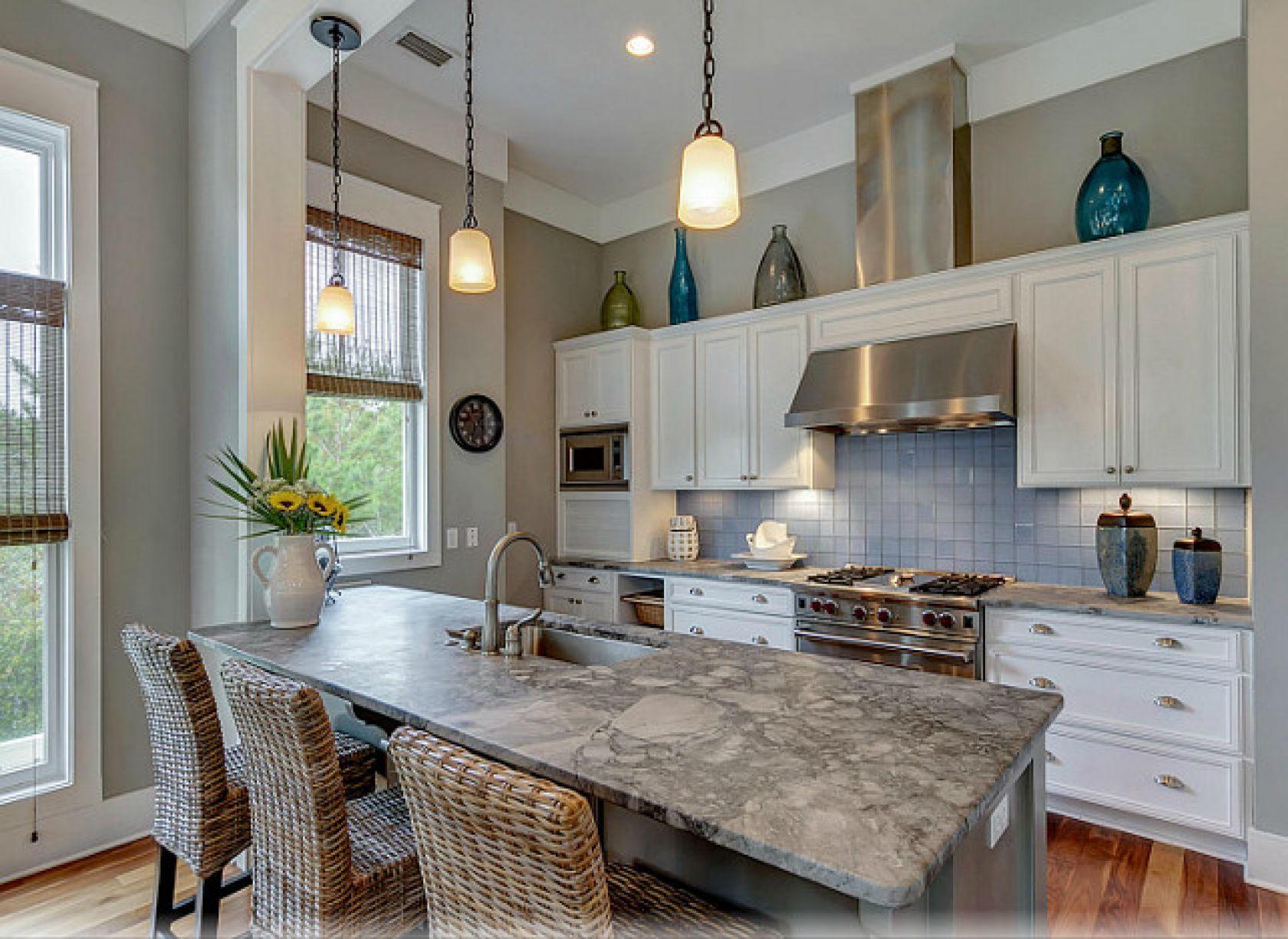 Beautiful Florida Gulf Coast Beach House Kitchen