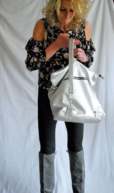 Bagpack, backpack, tasche, bag, rucksack, rucksacktasche, taschenrucksack, kunstleder, nähen, selbermachen, mode, fashion, sewing, design, eigenes design, own design, woman, girl, silber, silbernes Kunstleder, florstadt, wetterau, landleben, h&m, versatile, wandlungsfähig, taschendieb, taschendiebsicher, urlaub, eastpack, gurte,