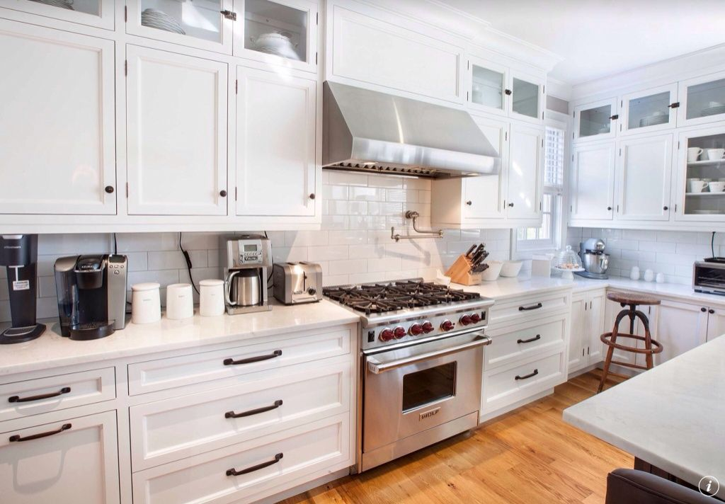 Traditional kitchen with dura supreme cabinetry highland for Basic white kitchen units