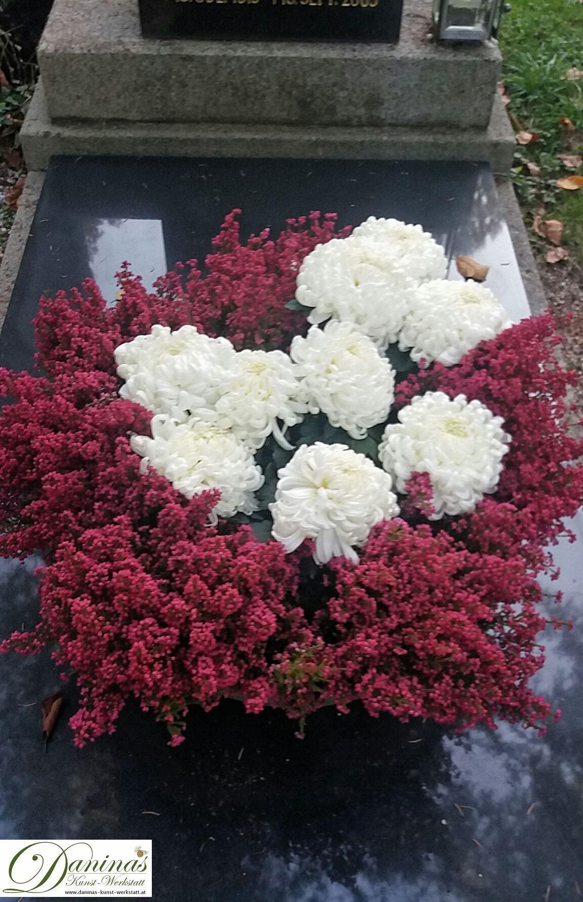 GroB Idee Grabgestaltung Für Herbst, Allerheiligen   Heidekraut Und  Chrysanthemen In Schale