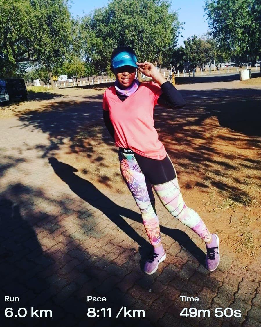 One Keeps Pushing Till The Pace Gets Better Runninggirl Running Runnersofinstagram Fitness Girl Running Fashion Running