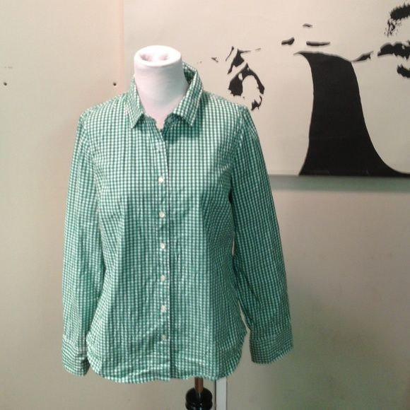 J Crew Gingham Shirt J Crew stretch perfect shirt. Excellent condition J. Crew Tops