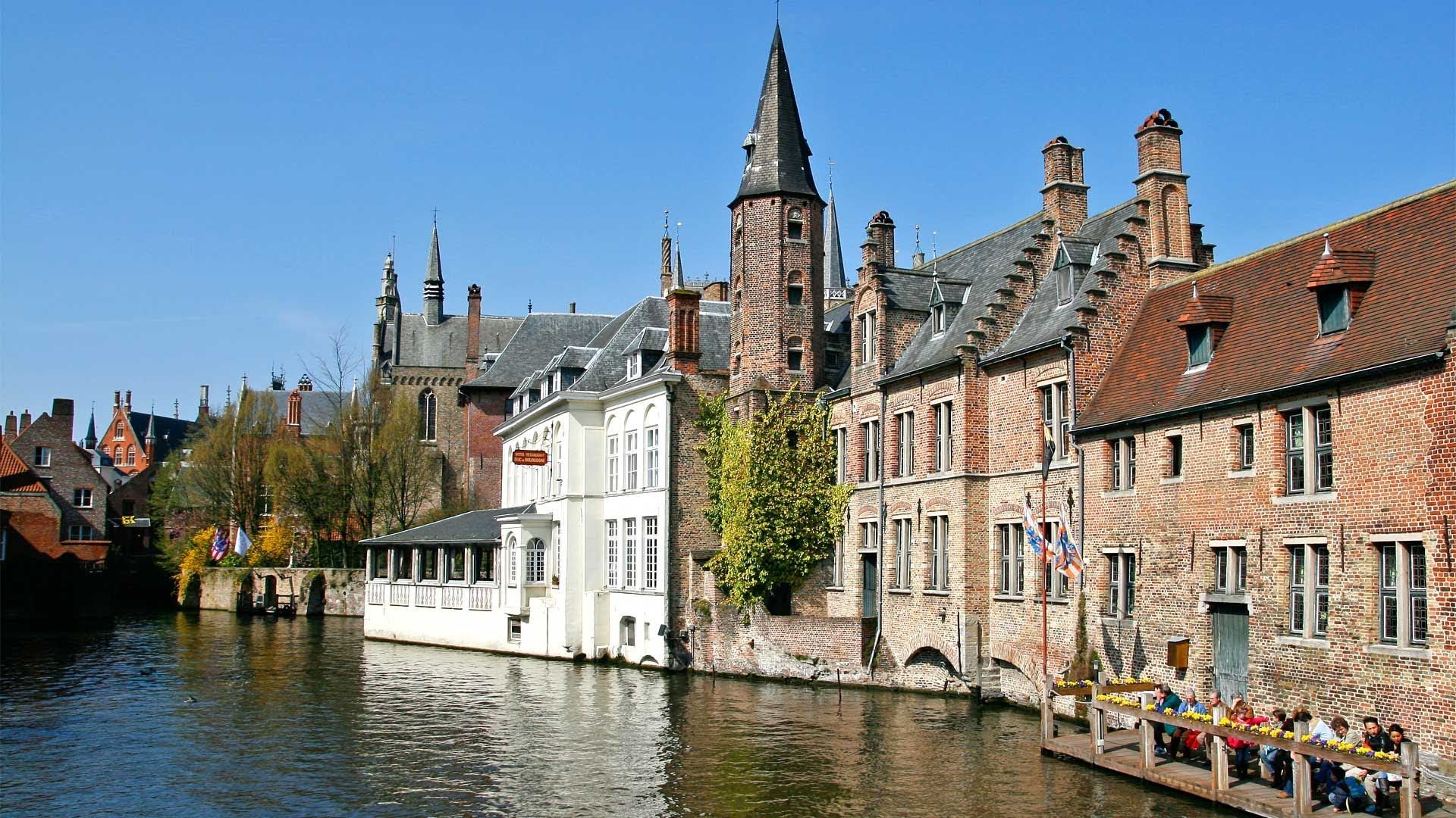 how to travel from bruges to london