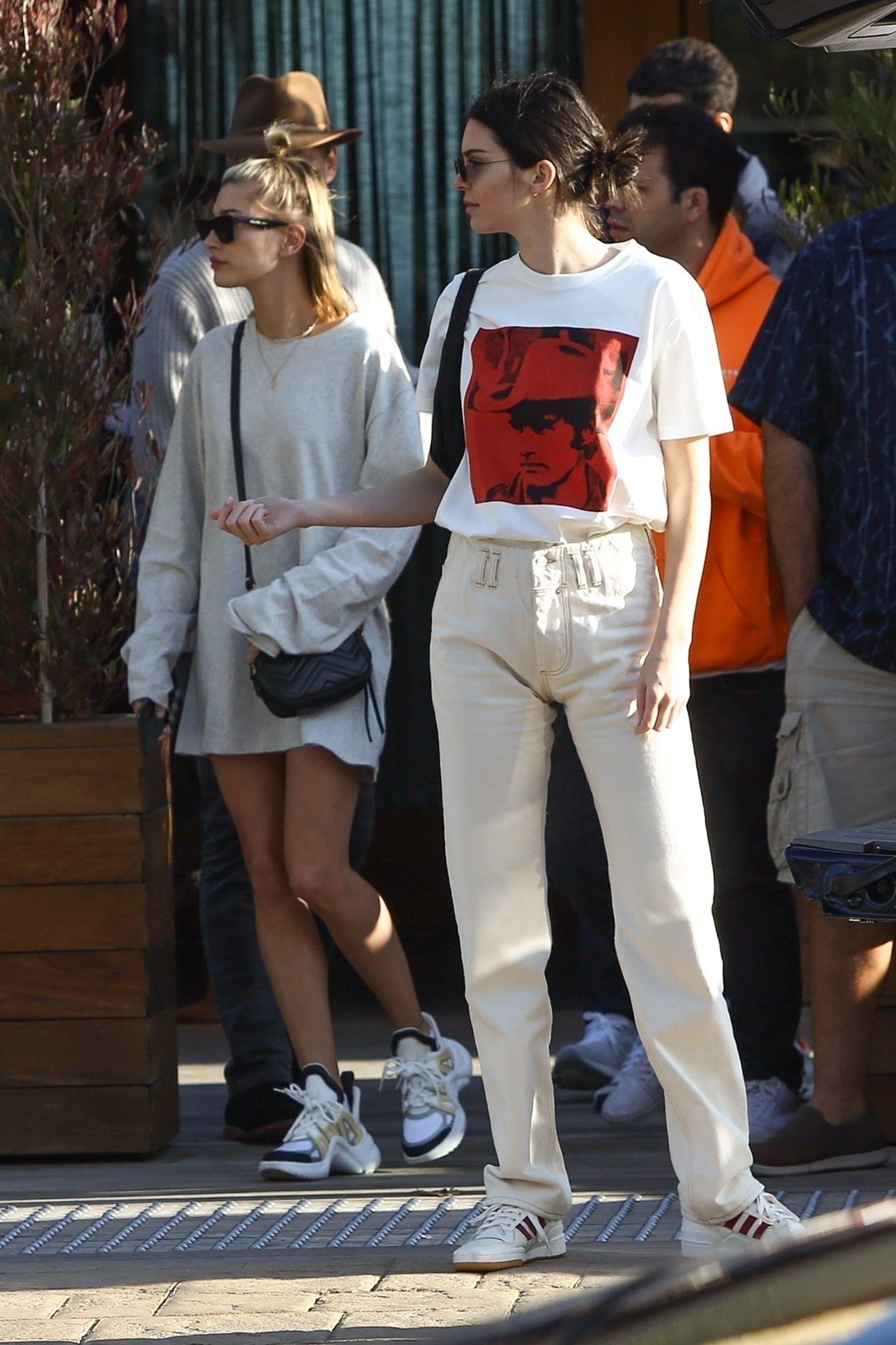 Kendall Jenner wearing Calvin Klein 205W39NYC Dennis Hopper
