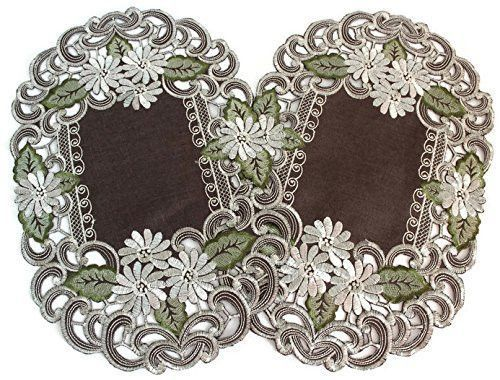 Embroidered Placemats with Daisy Flowers on Brown, (Set of 2, 11x17 Inch) Machine Washable