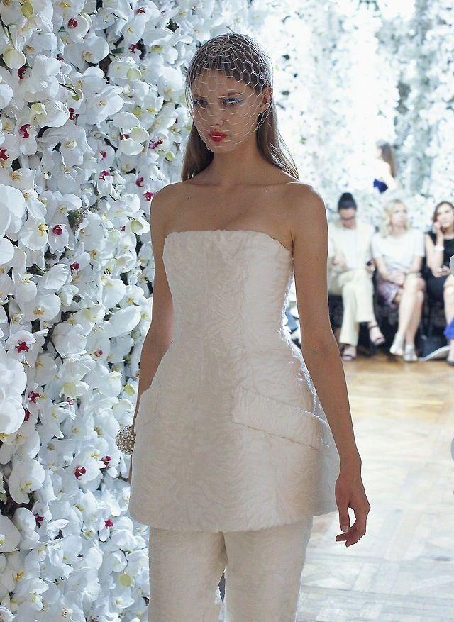 📸@gisposable   Models backstage, Strapless dress formal, Model