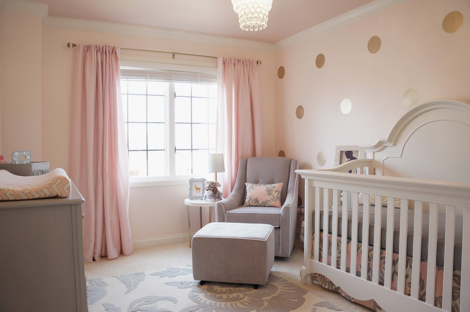 Pink, gold and gray nursery #goldpolkadots #polkadotwall | Bebé ...