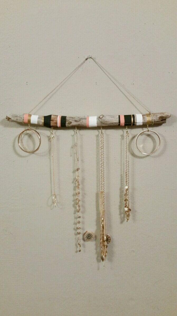 Organisateur de bijoux bois flotté | Idées déco | Pinterest