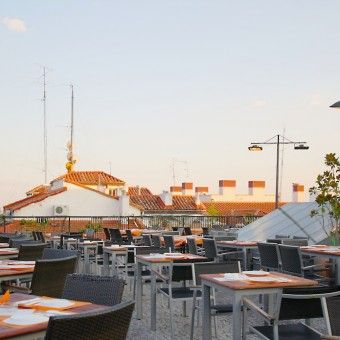 Galería Gau Café Terraza Restaurante Bar Café