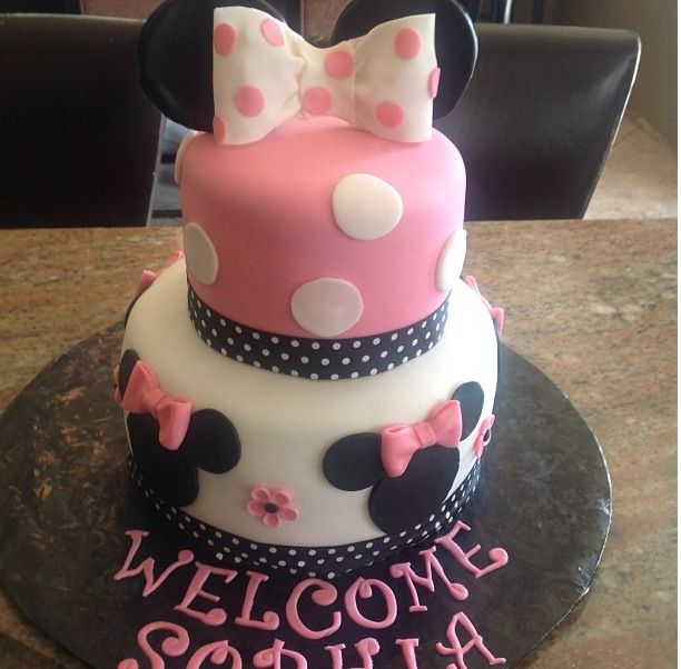 Minnie Mouse Baby Shower Cake Crystals Cakes Pinterest Minnie
