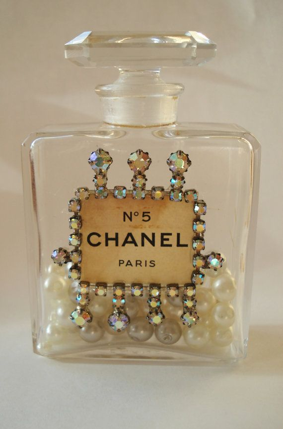Vintage Authentic Chanel No 5 Parfum Perfume Bottle Aurora Borealis Ab Rhinestone Embellishment Medium Filled With Faux Pearls Perfume Bottles Perfume Vintage Perfume Bottles