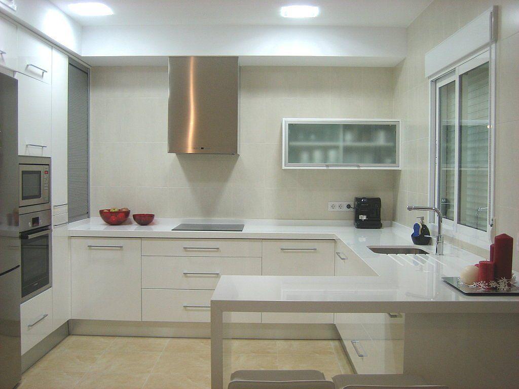 Cocina blanca silestone blanco cocinas blancas decorar for Encimeras cocinas blancas