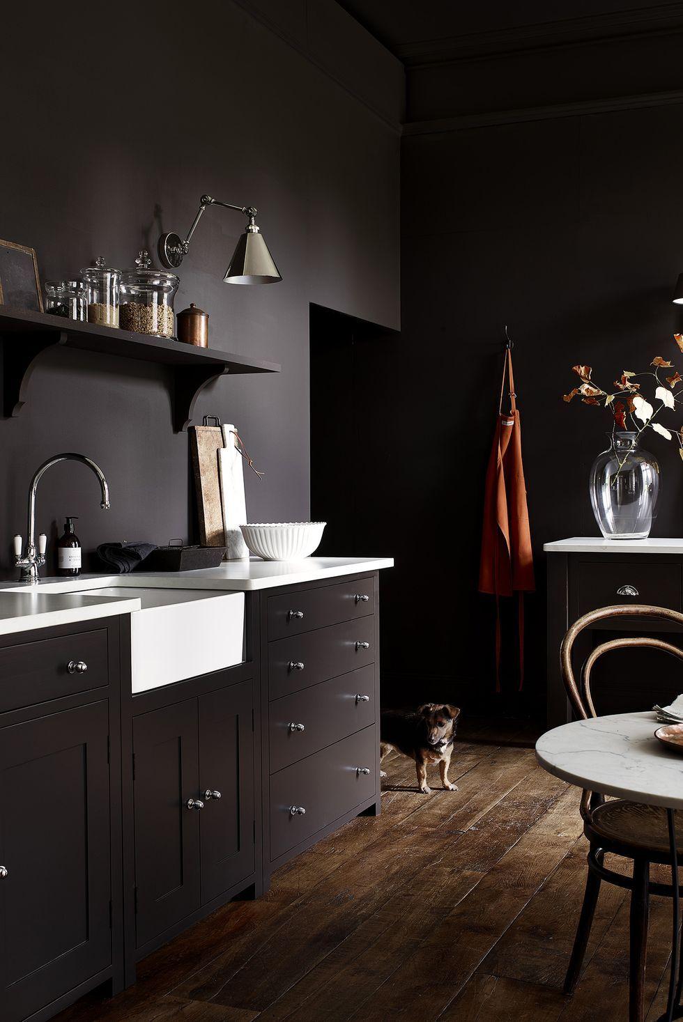 9 stunning dark kitchen ideas   Dark kitchen, Shaker style ...