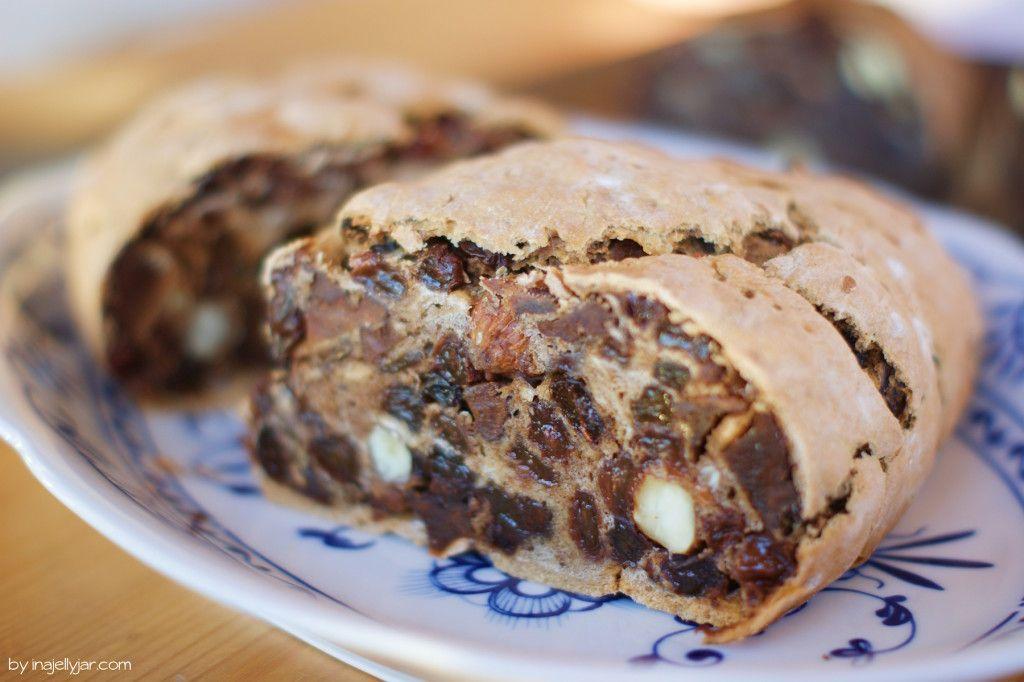Traditionelles Weihnachtsgebäck.Der Kletzenbrot Test Plus Ein Rezept Zum Selbermachen Sweet Browns